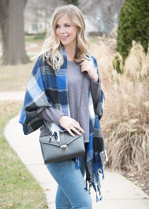 Picture of Plaid Blanket Wrap - Blue/Black