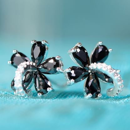 Picture of Black Flower Post Earrings - Silver