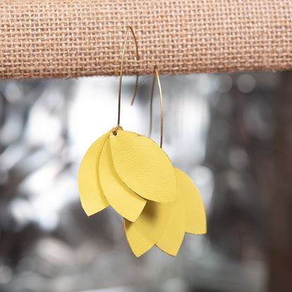 Picture of Leather Petal Earring - Lemon