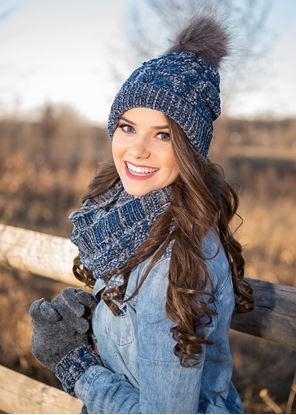 Picture of Polar Chenille Infinity Scarf - Blue