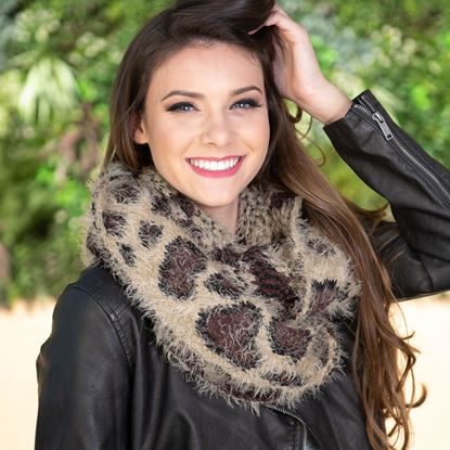 Picture of Feathered Infinity Scarf - Leopard Tan