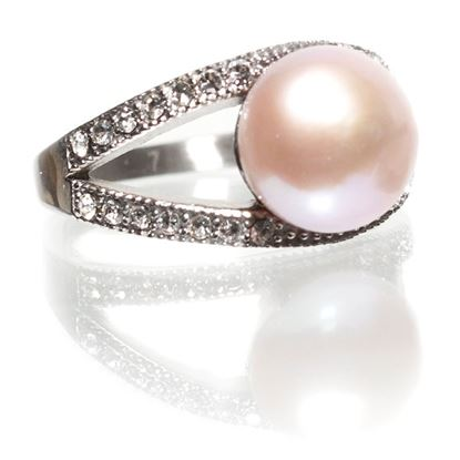 Picture of Size 9 Natural Lavender Pearl-Cradled Pearl Ring With Diamond Crystals