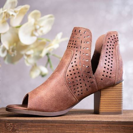Picture for category SPRING BOOTIES