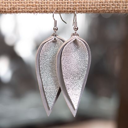 Picture of Layered Leather Pucker Earring - Silver