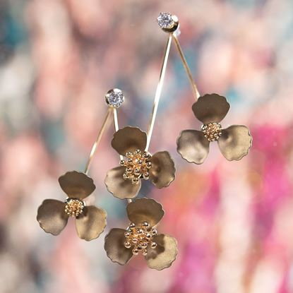 Picture of Double Flower Drop With Crystal Earring - Pearl Bronze