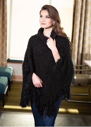 Picture of Feather Fringe Wrap - Black