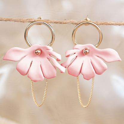 Picture of Half Flower Chain Earrings - Blush