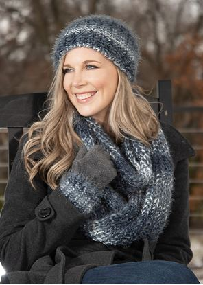 Picture of Alpine Ombre Pom Hat - Copen
