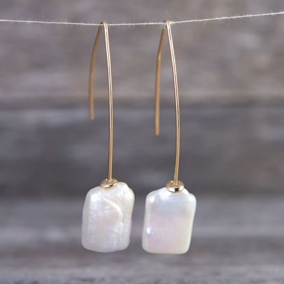 Picture of Square Drop Pearl Earrings - Gold