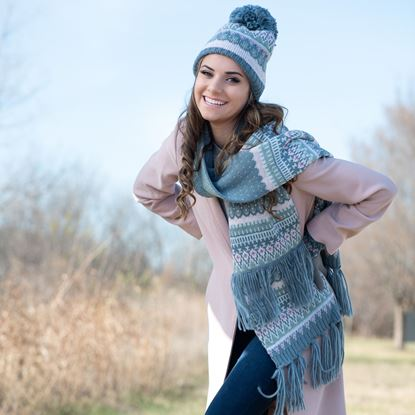 Picture of Fair Isle Classic Pom Hat - Green/Pink
